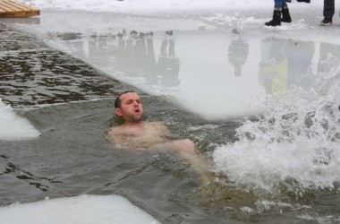 Фото: The consecration of the ice-hole has been held today in Svisloch (+ video)